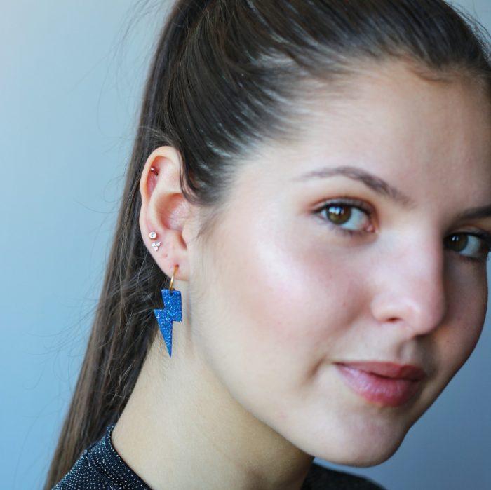 Pendientes rayito azul modelo